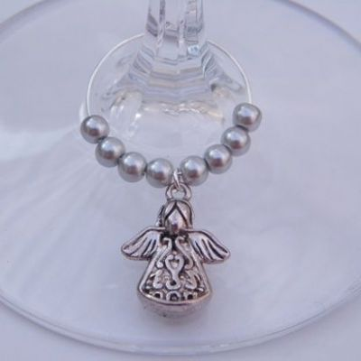 Detailed Angel Wine Glass Charm - Beaded Style